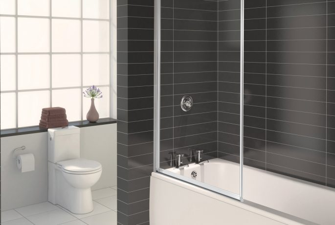 AQUA 3 Framed Bath Screen White_1